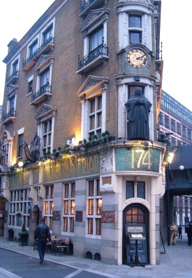Blackfriars pub, overlooking Blackfriars Bridge