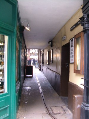 The entrance to Wine Office Court off Fleet Street