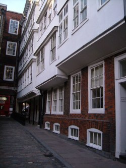 Middle Temple Lane, looking at towards Fleet Street