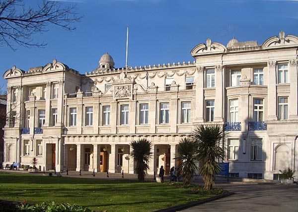 The People's Palace, now Queen Mary Building of Queen Mary College, rebuilt after a fire of 1031