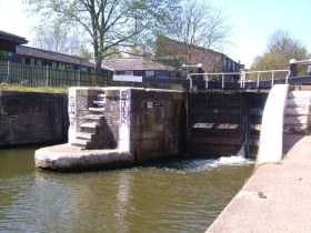 Old Ford Lock on the Regent's Canal