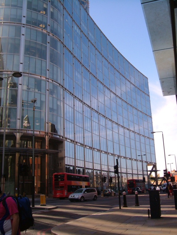 101 Bishopsgate, the site of the City Theatre