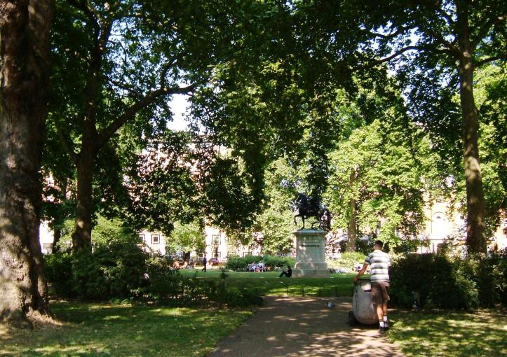 St James's Square gardens