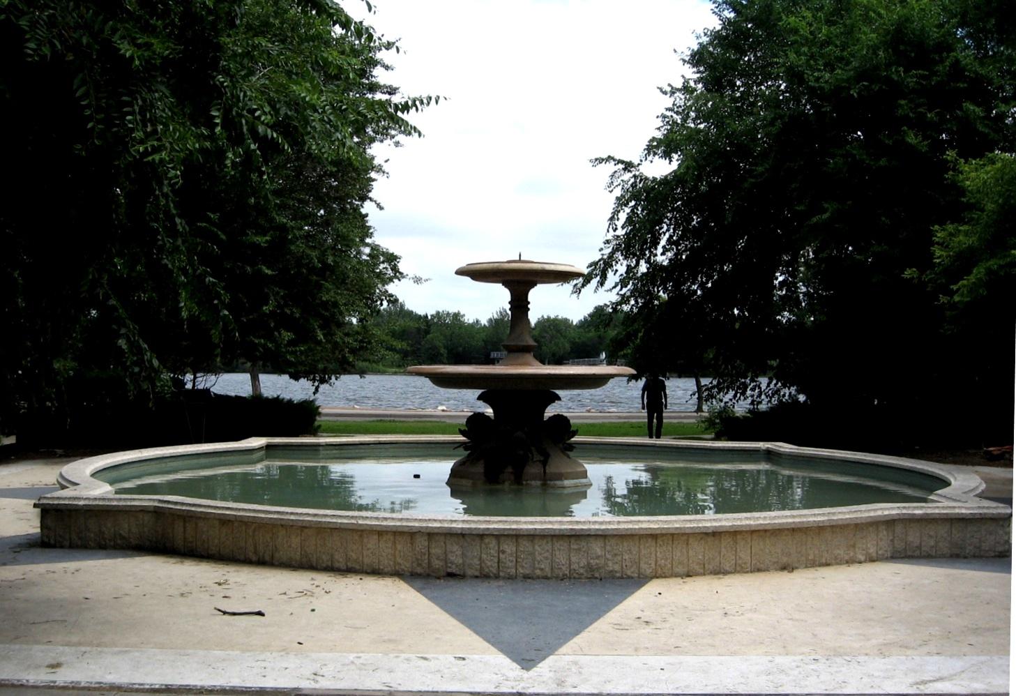 The Fountains Of Trafalgar Square London Traveller