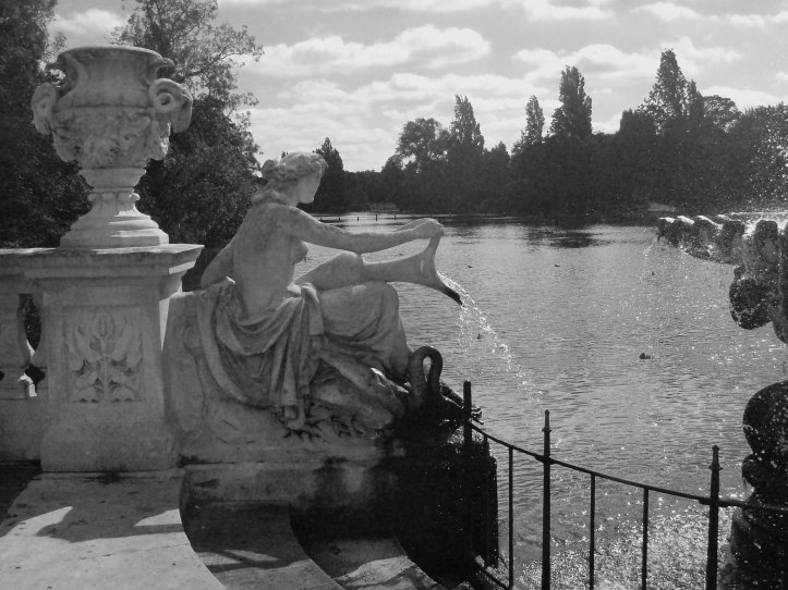 The Italian Garden overlooking the Long Water, Kensington Park