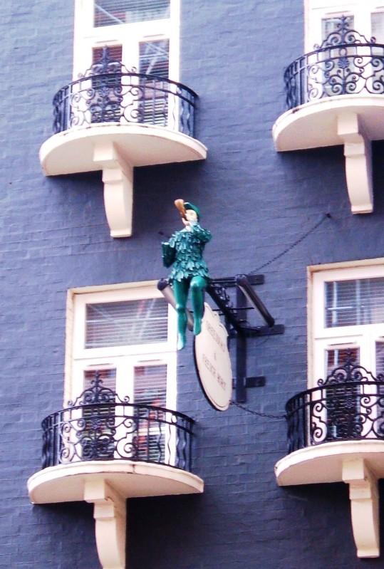 The Green Man & French Horn pub/restaurant in St Martin's Lane
