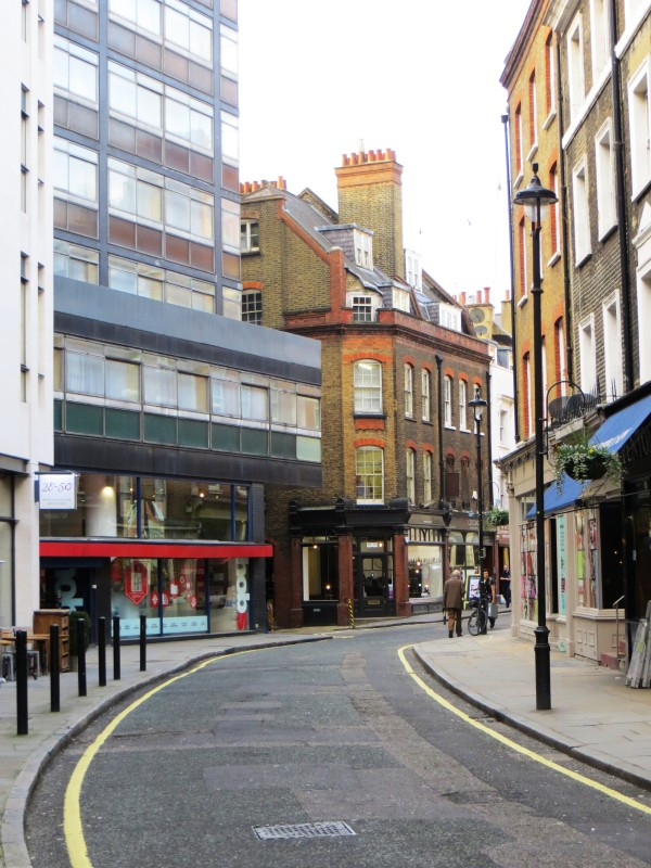 The curves of Marylebone Lane - the course of the Tyburn River