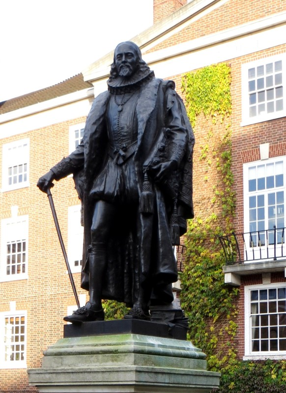 Sir Francis Bacon in South Square