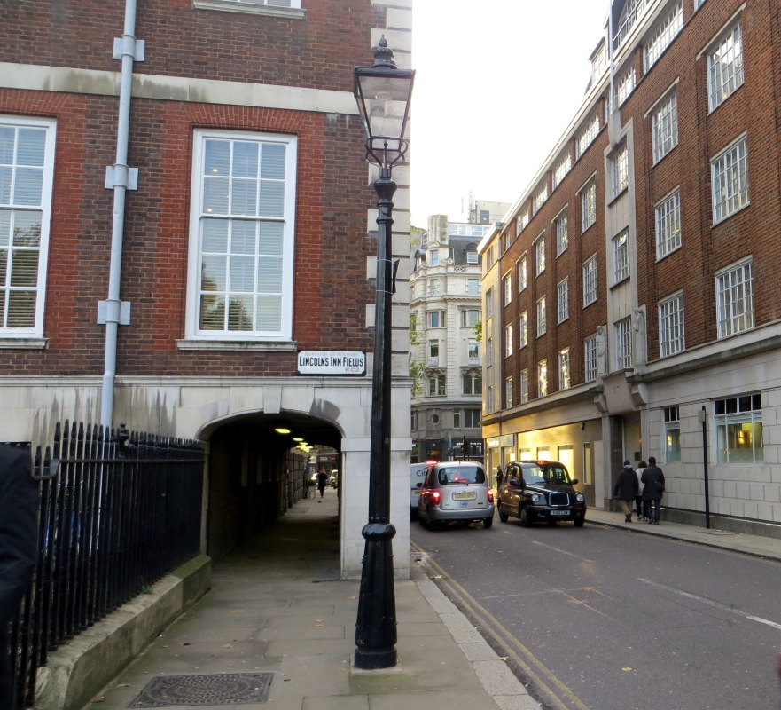 The covered 'butterwalk' alongside Newastle House in Remnant Street