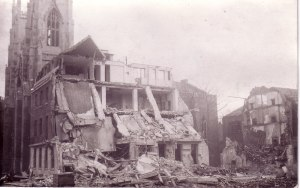 Scottish Church, Regent Square, bomb damage in 1945