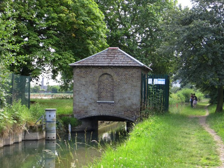 Sluice house at the east reservoir