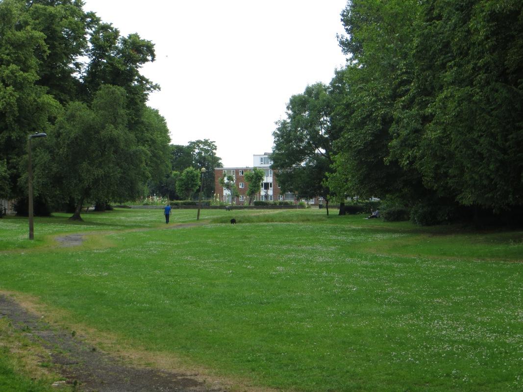 Avenue Gardens