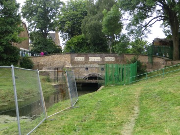 Wood Green Tunnel entrance at Myddelton Road