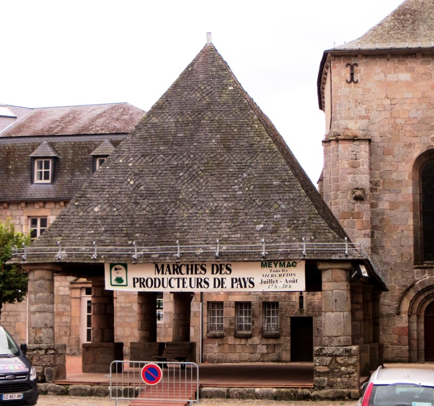 The covered Market adjacent to the Abbeyurch