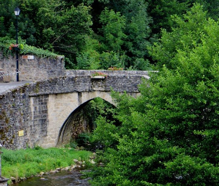 The Vieux Pont, 13C