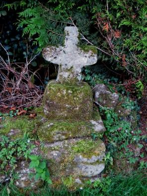 Roadside cross at Lafarge