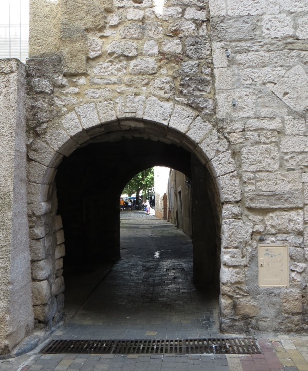 Passageway into the market square