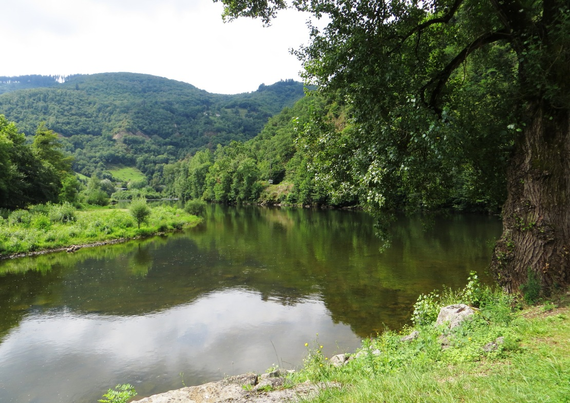 The Lot and the Truyeres at Entraygues