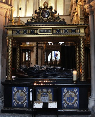 Lancelot Andrewes tomb
