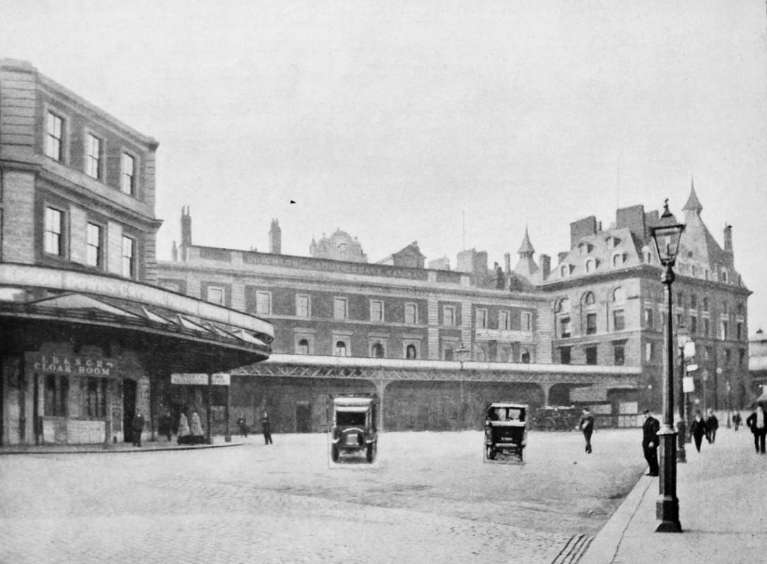 London Bridge Station, 1922 (Wikipedia)