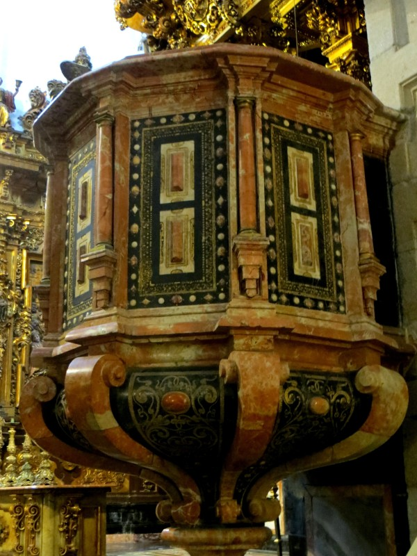 The pulpit, San Martin Pinario
