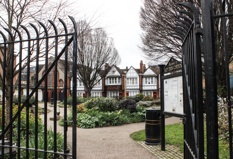 Red Cross Cottages and Gardens, Southwark