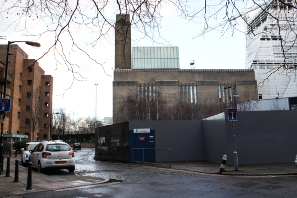 Hopton Street curing to the left, with Tate Modern dominating the scene