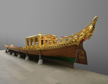Royal Barge designed by William Kent in 1731-32 (www.royalcollection.org.uk)