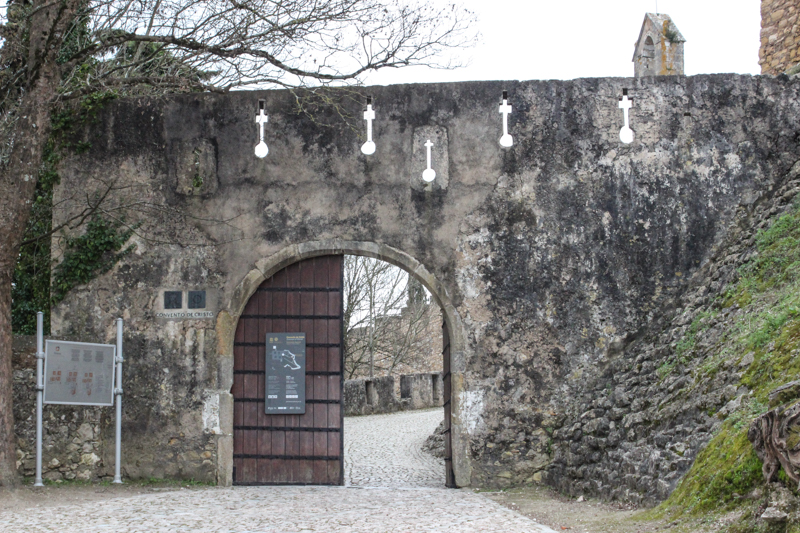 A gateway into the Castle, Tomar