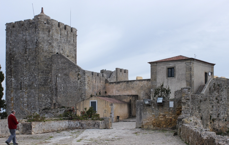 The Castle Tower and entry gate, Palmela