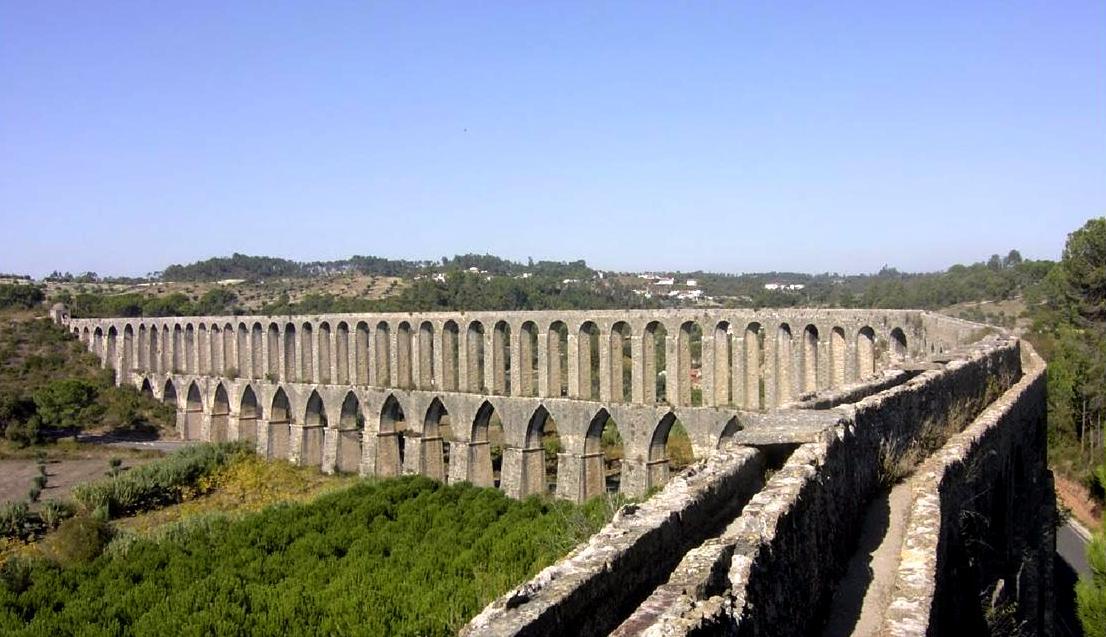 Aqueduct of Pegoes (Google Maps)