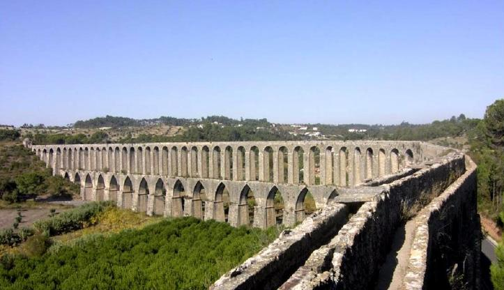 Aqueduct of Pegoes (Google Maps)