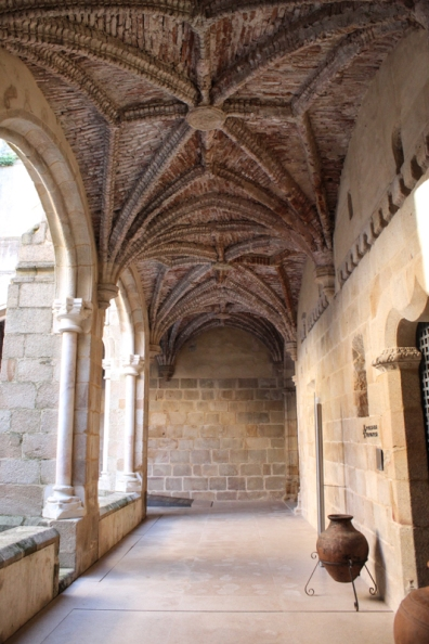 The Cloisters, Flor da Rosa