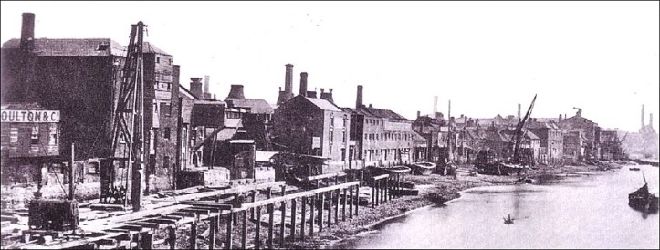 Building the Albert Embankment, 1861 (www.collectingdoulton.com)
