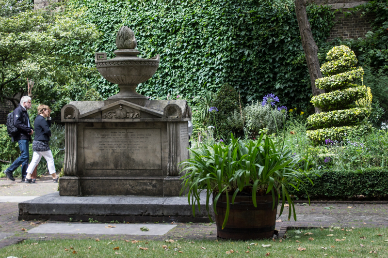 The tomb of Captain William Bligh & his wife