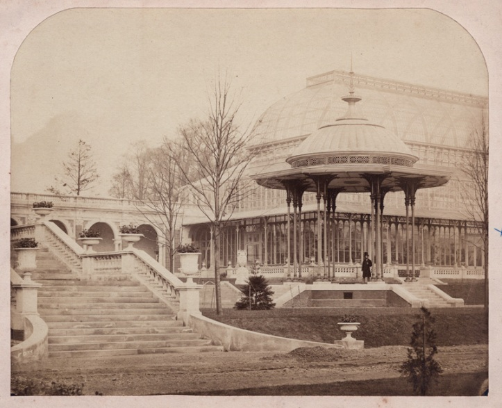 Bandstand in its original location, RHS in Kensington (www.bermondseyboy.net)