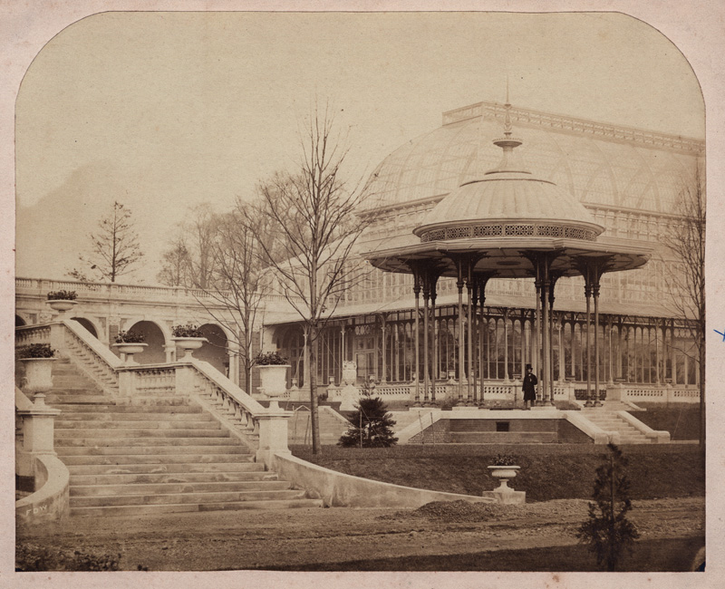 Bandstand in its original location, RHS in Kensington (www.bermondseyboy.net)