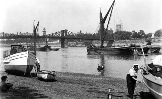 Lambeth from Horseferry Stairs, Old Photographs of London from 1920-1933 (www.vintage.es)