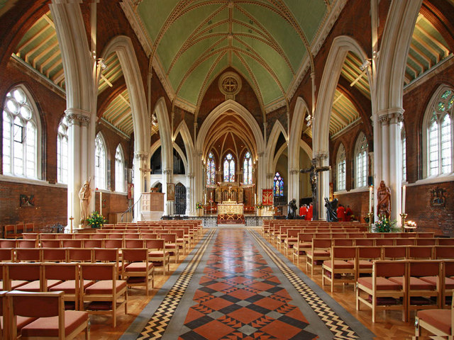 St John the Divine, interior (www.geograph.org.uk)