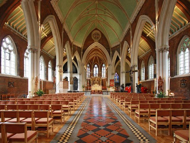 St John the Divine, interior (www.geograph.org.uk)
