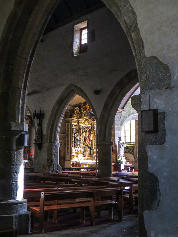 Looking towards the Retable of the Five Wounds in the south aisle