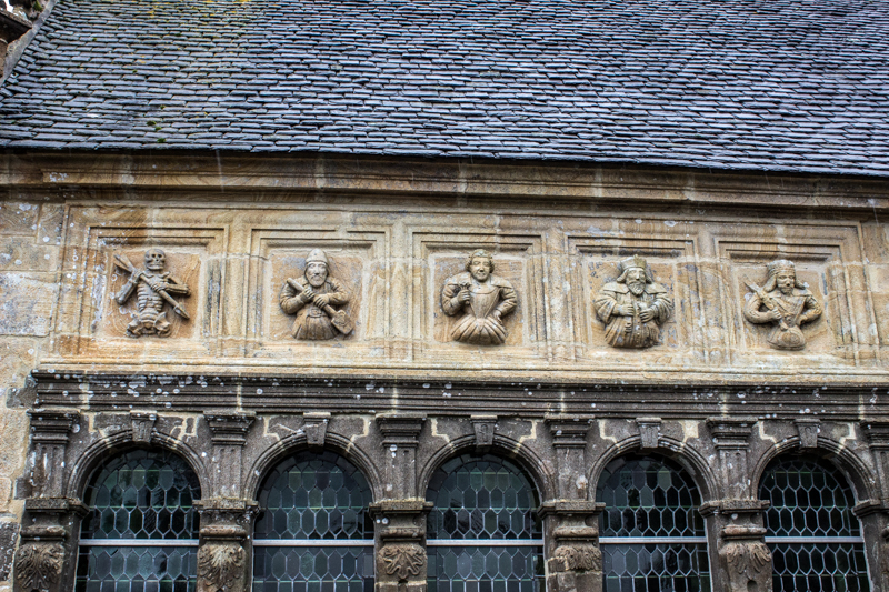 Carvings on the Ossuary, Ploudiry