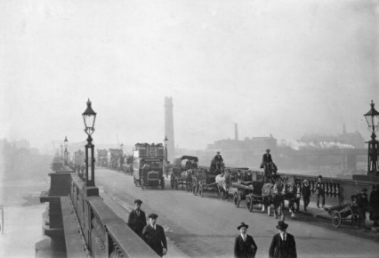Waterloo Bridge, 1921 (www.nickelinthemachine.com)