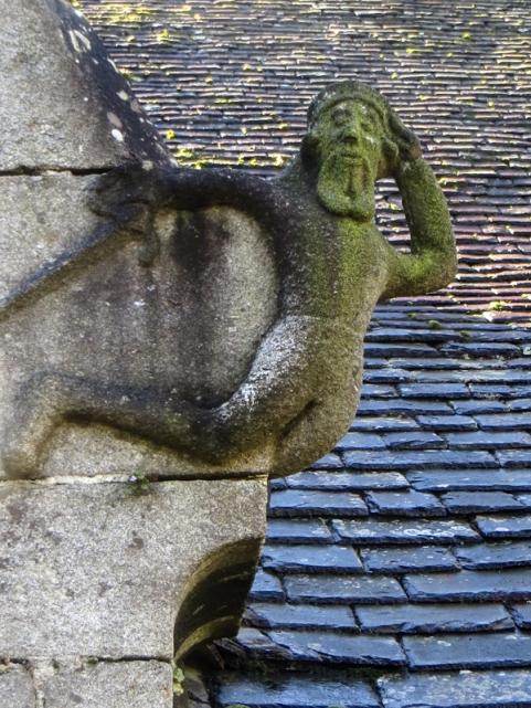 St Genevieve, Loqueffret
