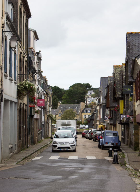 La Grande Rue, Le Faou, leading down towards the harbour