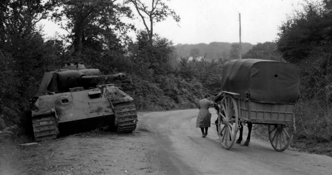 German Panther tank in France, June 1944 http://www.worldwarphotos.info/gallery/germany/tanks-2-3/panther-tank/panther-france-august-1944/)