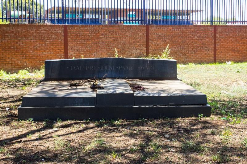 The grave of President Swart