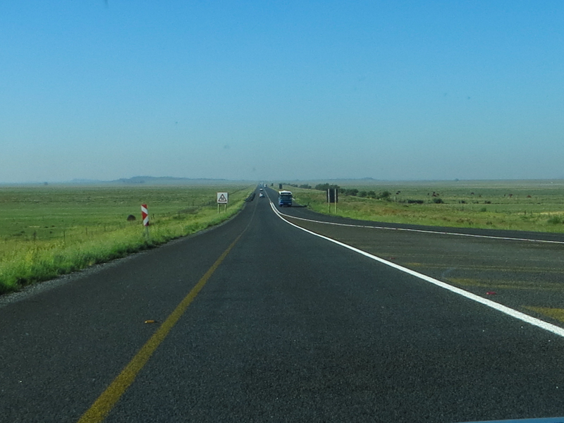 The road south from Bloemfontein