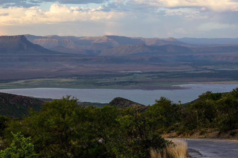 Nqweba Dam (Van Ryneveld's Dam)