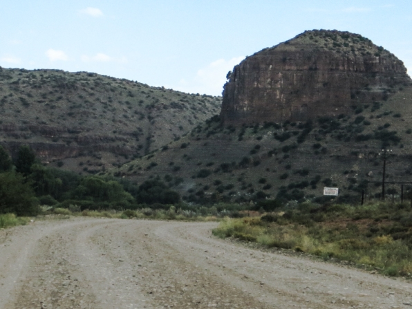 The road from Nieu Bethesda to R61